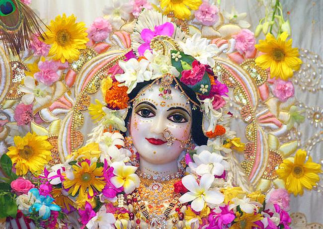 Радхаштами, с утра до ночи явления Шримати Радхарани